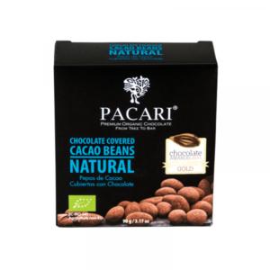 Kakaobohnen umhüllt mit Schokolade